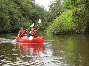 Coesewijne rivier Suriname kajak
