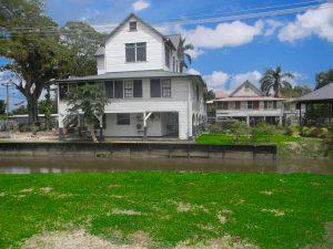 Suriname Commewijne Peperpot