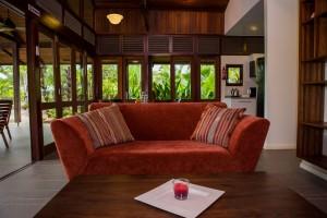 Waterland Marina lounge